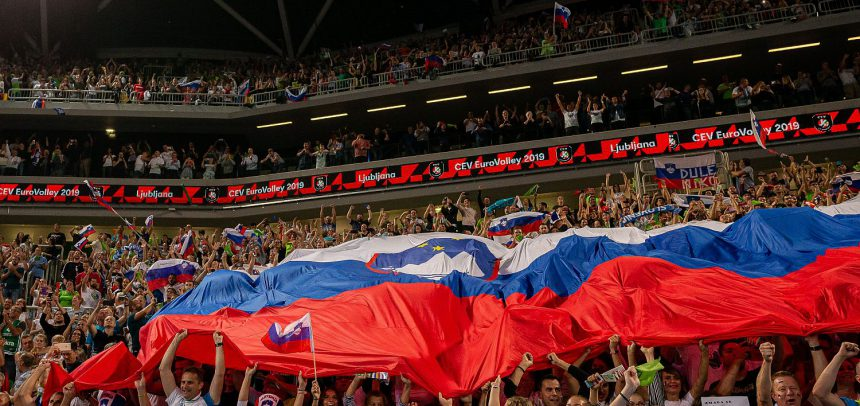 Slovenia defeats Russia in outstanding way to reach EuroVolley semifinals