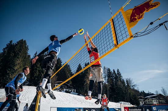 The first day of the Snow Volleyball European Tour 2021