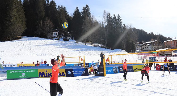 MEVZA teams taking medals at the first stop of Snow Volleyball European Tour